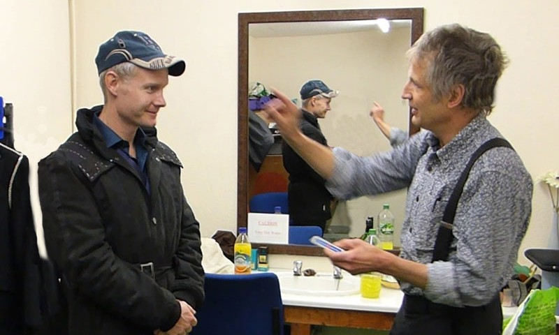 Pembrokeshire magician performs magic for Rhydian